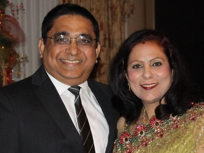 Anil Kharabanda and Neeta Kharabanda. Courtesy of Facebook