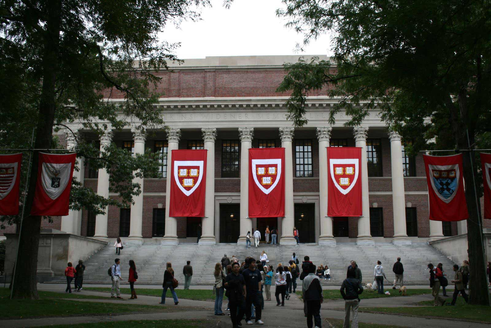 Indian-American N.P. Narvekar has been appointed chief executive of Harvard Management Company.