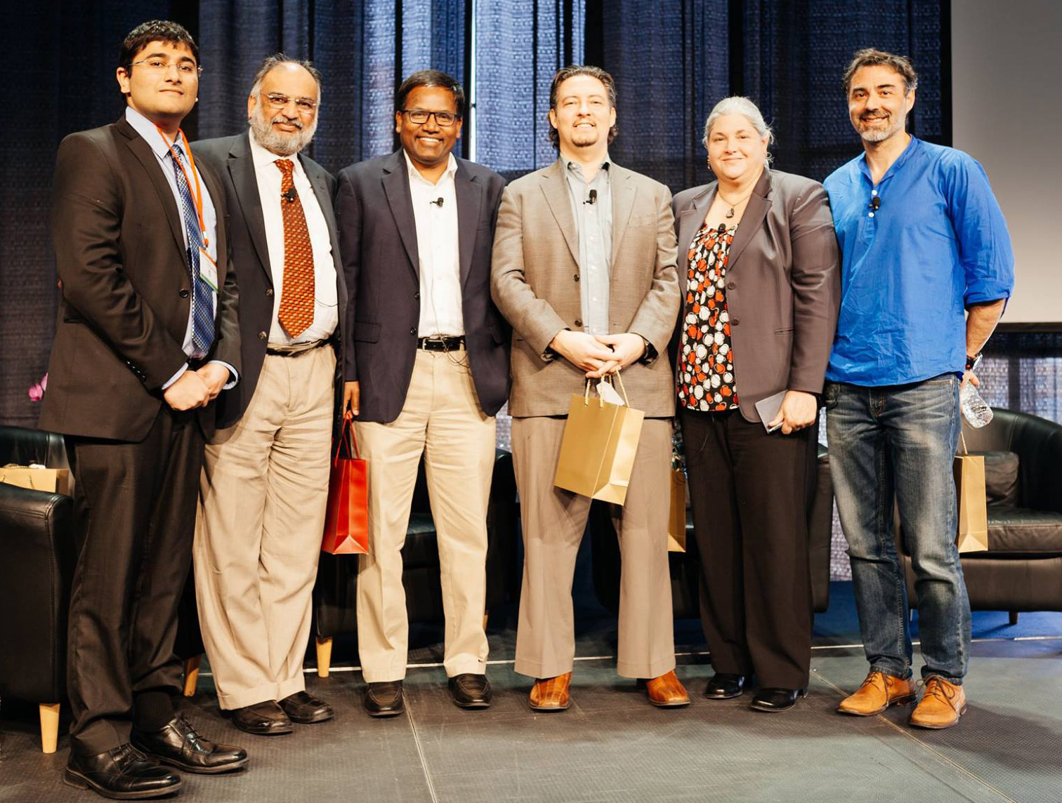 MIT India Conf 2016 - Group Shot