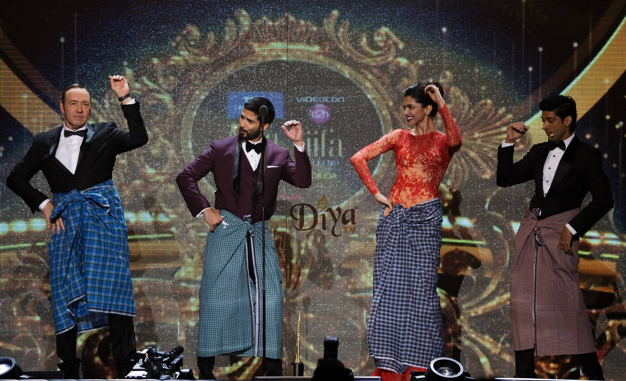 Moments before Deepika Padukone accepted her IIFA, she taught Kevin Spacey how to do the lungi dance.