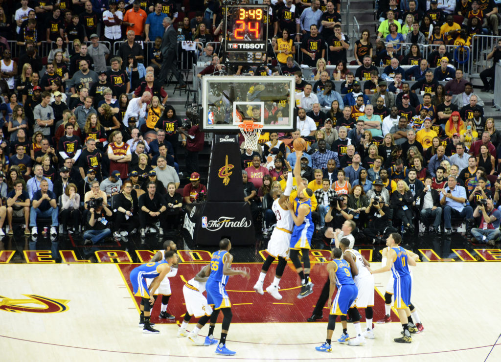 Lebron James tries to guard JaVale McGee at the basket, Game 3 NBA Finals 2017